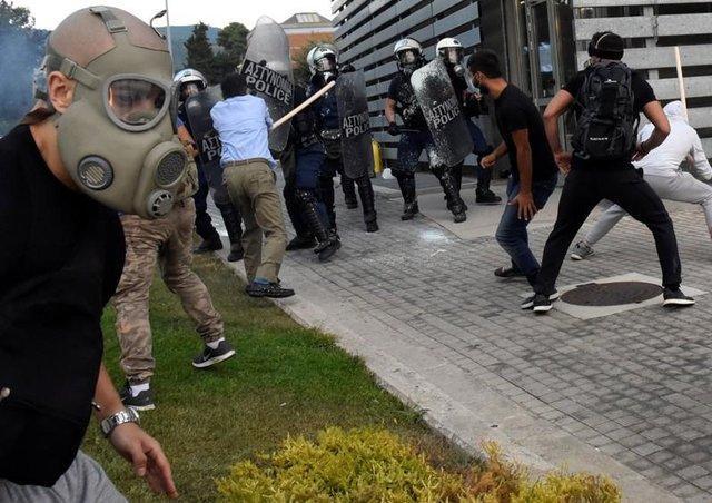 تظاهرات مجدد یونانی ها علیه توافق با مقدونیه