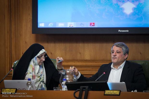 ارائه گزارش حسابهای درآمد و هزینه شهرداری تهران در تیرماه 97
