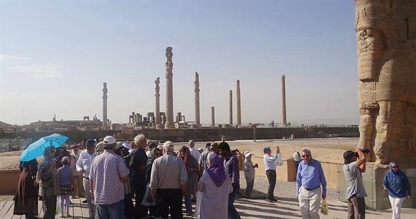 مجموعه جهانی تخت جمشید در صدر بازدید گردشگران خارجی استان فارس