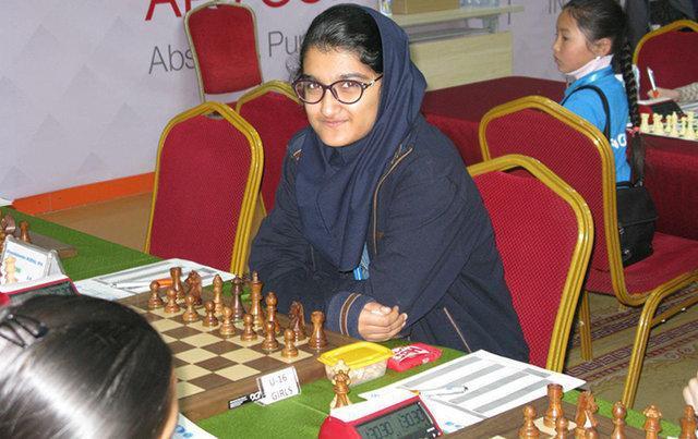 تاریخ سازی دختر شطرنج باز ایران در قهرمانی بانوان دنیا، صعود علی نسب به دور دوم