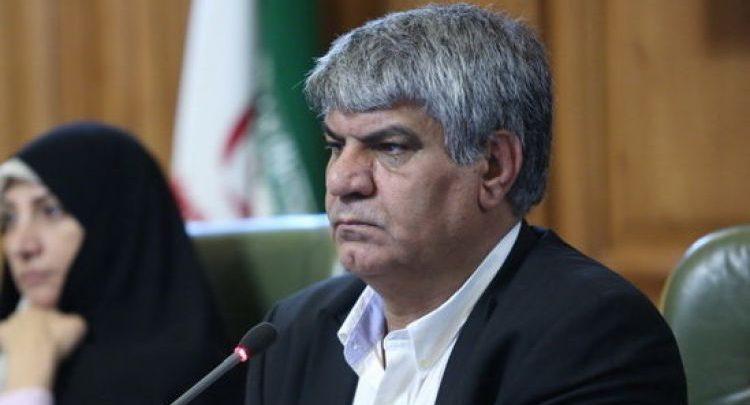نایب رئیس شورای شهر تهران؛ تجمع مردم در پمپ بنزین در هنگام زلزله برخلاف رویه دنیاست