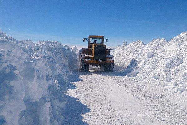 برف راه ارتباطی 42روستای آذربایجان غربی رامسدود کرد، تداوم بارشها