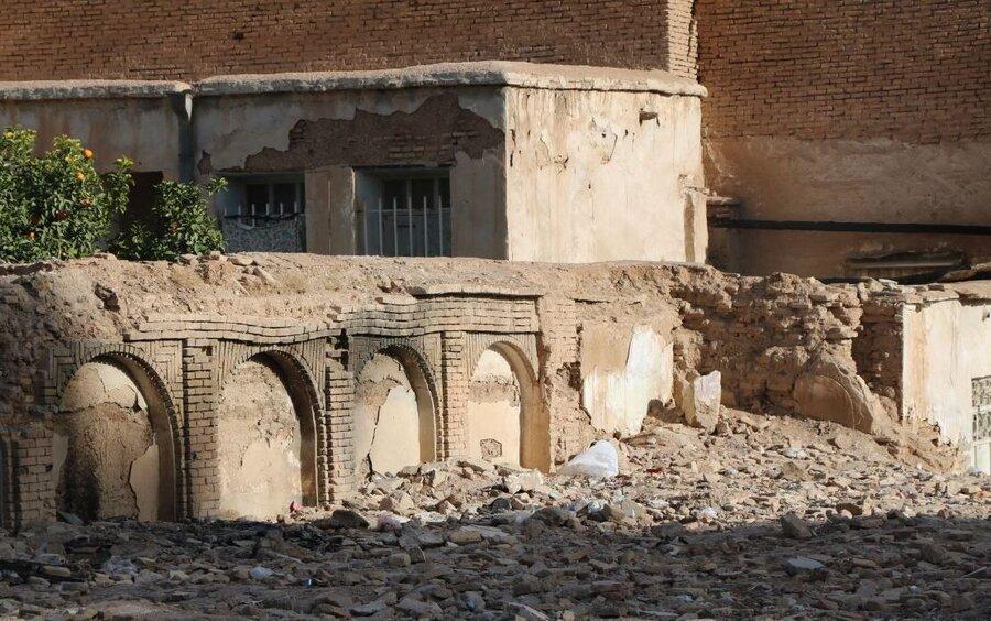 تخریب یک بنای دوره پهلوی در سبزوار ، مالک از شهرداری مجوز تخریب گرفت!