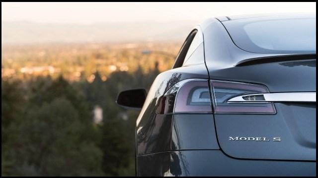 خودروهای الکتریکی تسلا ارزان می گردد