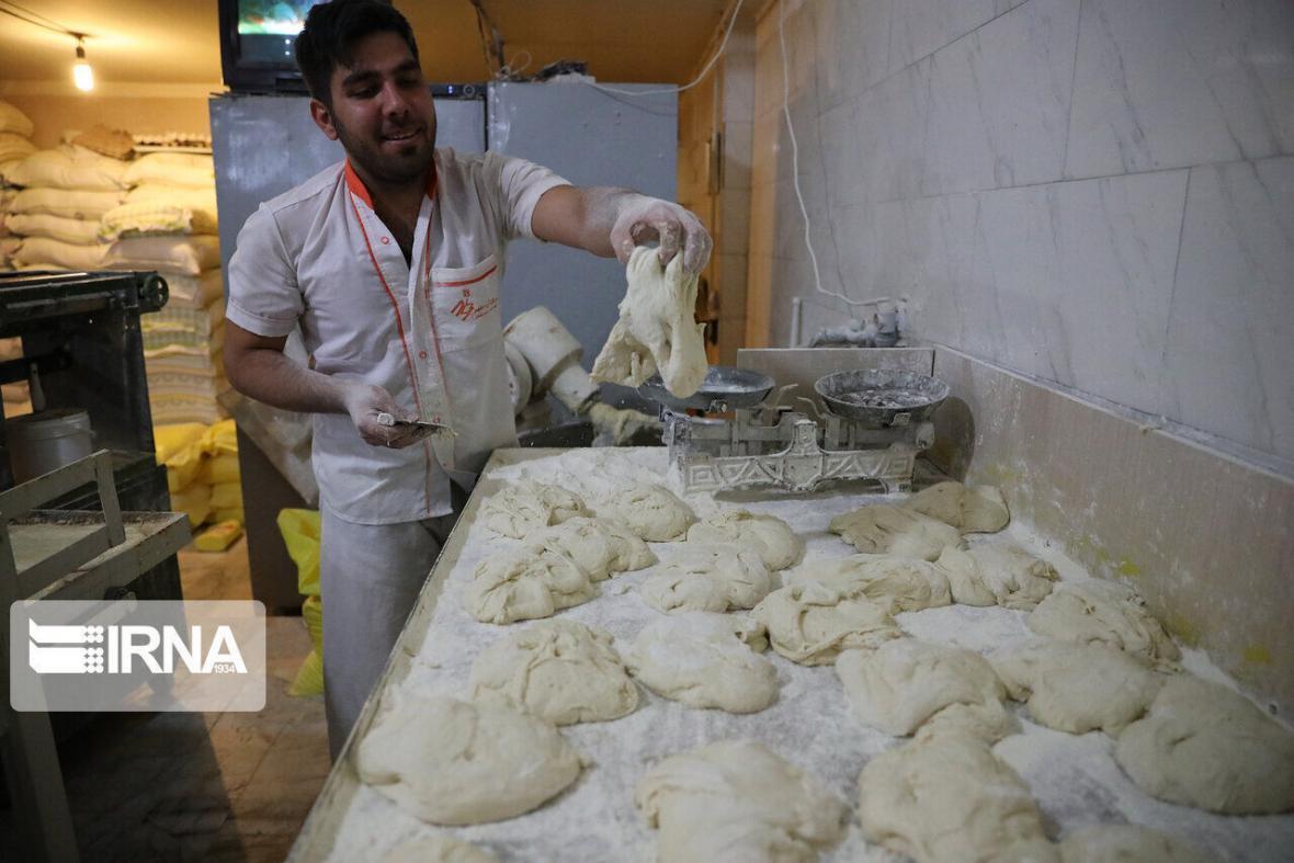 خبرنگاران تقاضای افزایش سهمیه آرد نانوایی های مشهد پذیرفته می گردد