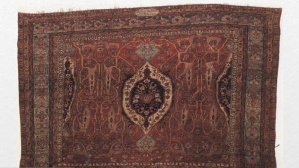 نمایشگاه عکس آثار ثبت ملی موزه فرش برگزار می گردد